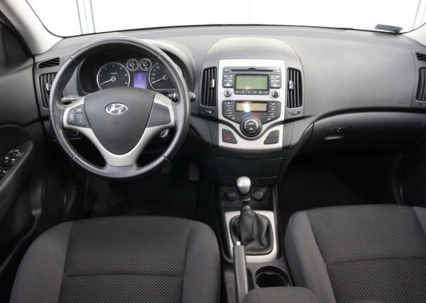 Hyundai i30 Kölcsönzés